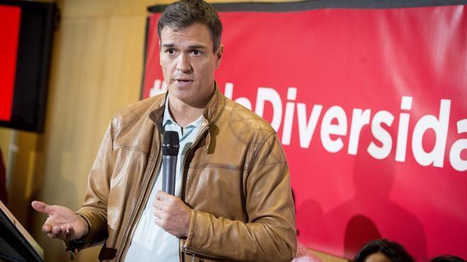 Sánchez promete poner al PSOE en «el lugar que merece» y Díaz aspira a liderar sin rencor