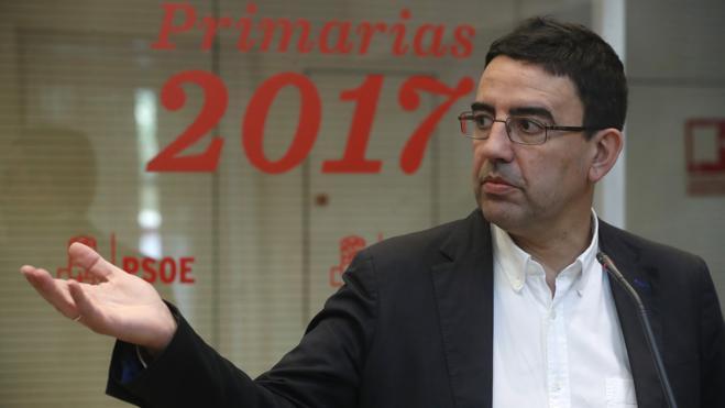 El PSOE acusa a Iglesias de actuar como Putin en sus primarias