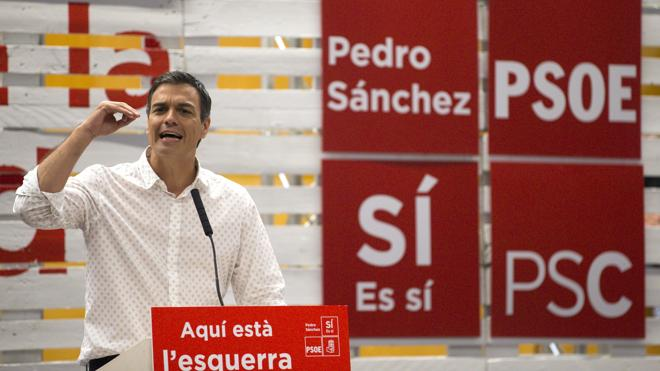 Sánchez dice que si gana, el PSOE no apoyará la moción de Podemos