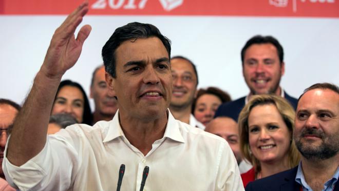 Pedro Sánchez prepara una «nueva estructura» de ejecutiva del PSOE sin barones