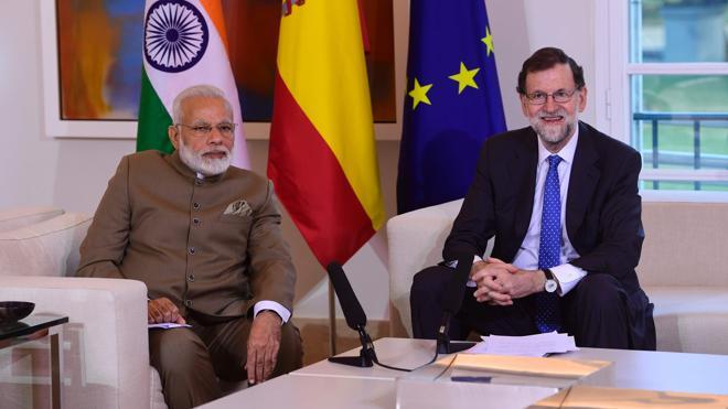 Rajoy confía en impulsar «de forma decisiva» las relaciones con el primer ministro indio