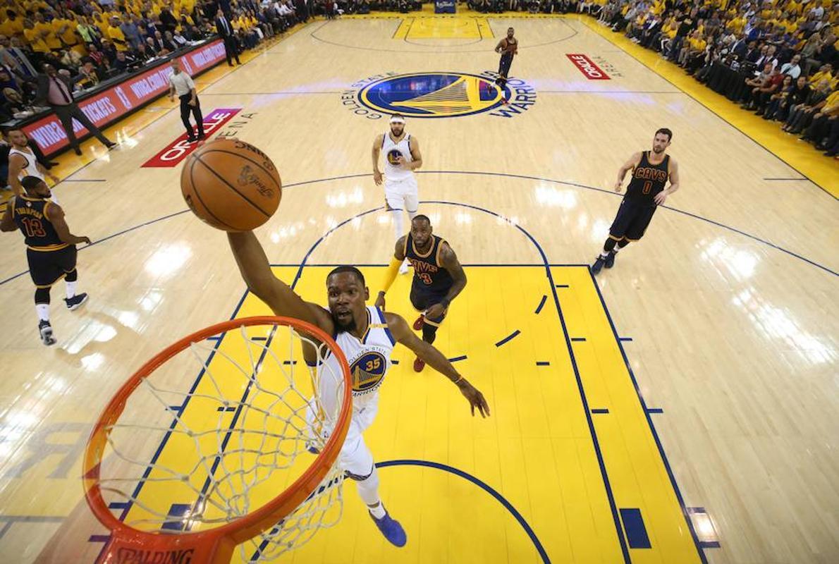 Durant lleva a otra dimensión a los Warriors