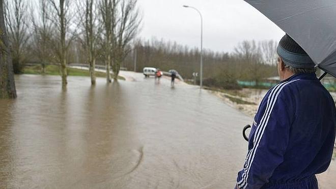 Bembibre valora en más de 300.000 euros la obra para frenar inundaciones del Boeza