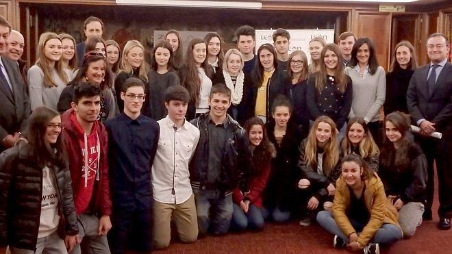 León recibe la visita de estudiantes de Nottingham