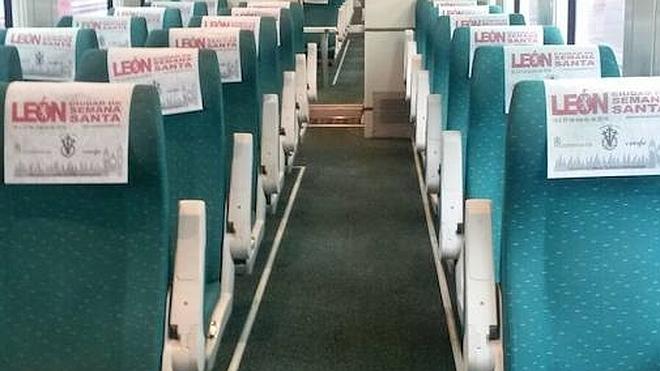La Semana Santa leonesa viaja en tren