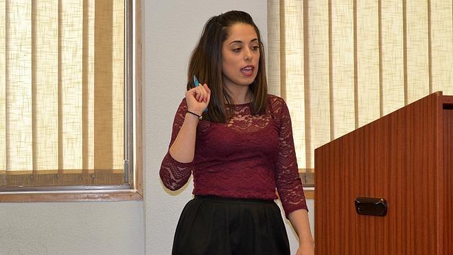 Elsa Sánchez, mejor oradora de la II Liga de Debate de la Universidad de León