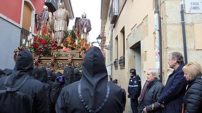 El alcalde de León agradece el trabajo a los que han colaborado con los actos de la Semana Santa