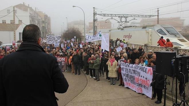 Villarejo de Órbigo se congratula de la recuperación de la parada del tren Alvia