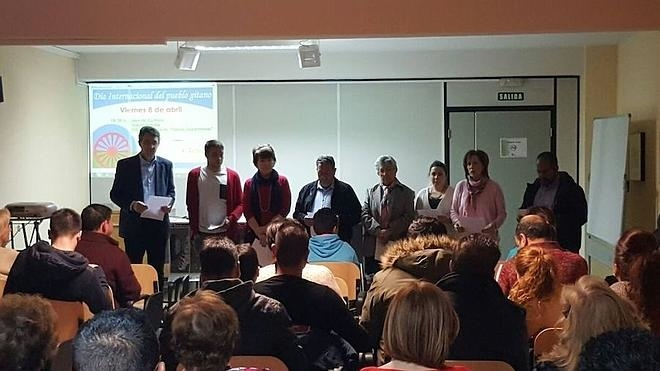 Convivencia y formación para celebrar el Día Internacional del Pueblo Gitano en Valencia de Don Juan