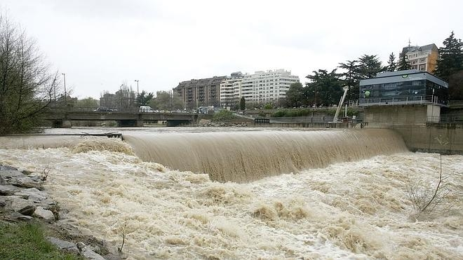 Protección Civil avisa de posibles desbordamientos en los ríos leoneses
