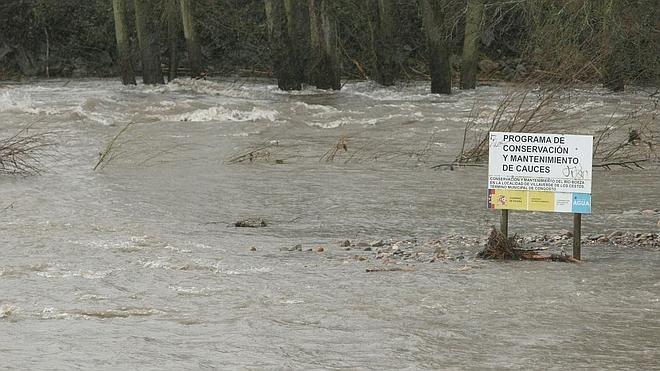 La previsión de lluvias amenaza con nuevos episodios de avenidas en los ríos leoneses