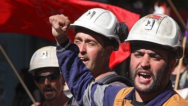La minería privada agoniza ante el incumplimiento del Plan de Carbón y culpa a Industria de todos sus males