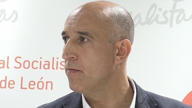 Los socialistas consideran que encargar a Somacyl la renovación de la red de alumbrado «está fuera de la legalidad»