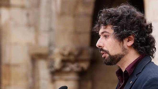 Sarrión pide a la Junta trabajar en los problemas de León