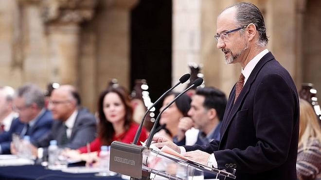 Fuentes: «La Junta sigue viviendo de espaldas a todo»