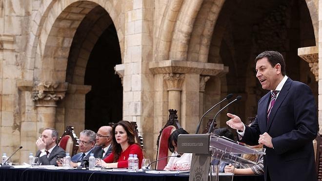 El PP defiende las «miles de soluciones» de la Junta