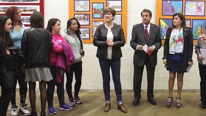 El IES Eras de Renueva celebra sus 25 años con una exposición de obras de sus alumnos