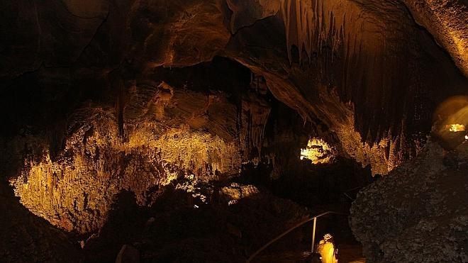 Llamazares, la cueva viva