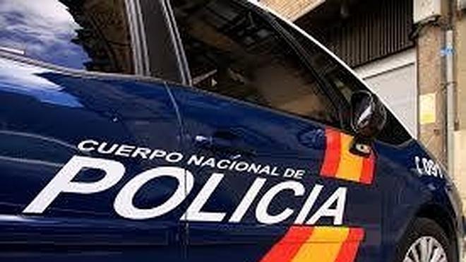 La Policía Nacional detiene al presunto autor de cuatro robos con fuerza en bares de León