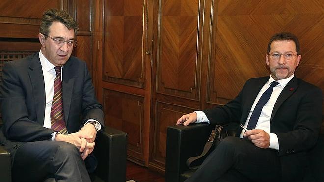 Asturias compromete en firme el pago a León de 1,4 millones por el consumo de un megavatio