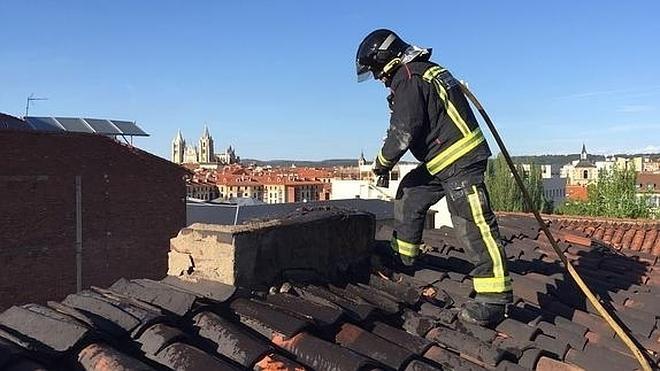 El convenio de bomberos entre León y San Andrés se firmará antes del verano