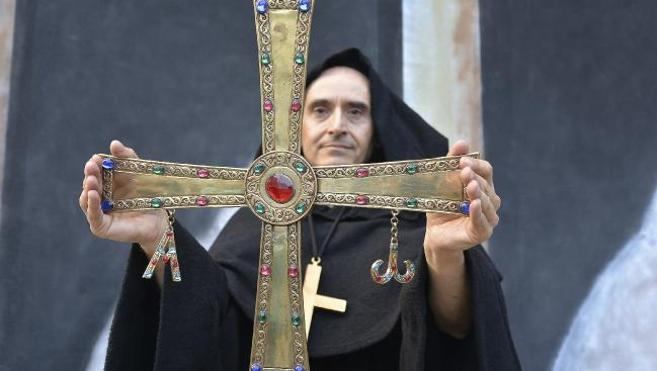 """CB lamenta el """"profundo desprecio"""" de Sáiz a los bercianos por negar el retorno de la Cruz de Peñalba"""