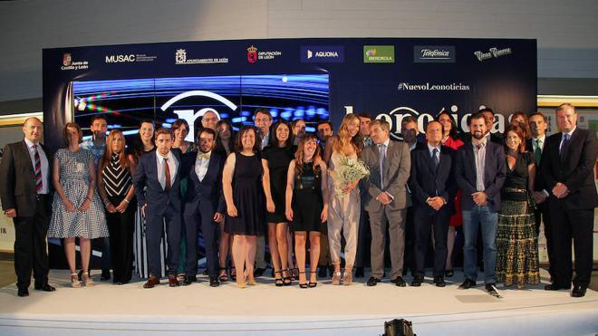 leonoticias estrena su nueva web y redacción en el Musac rodeado de autoridades, lectores y amigos