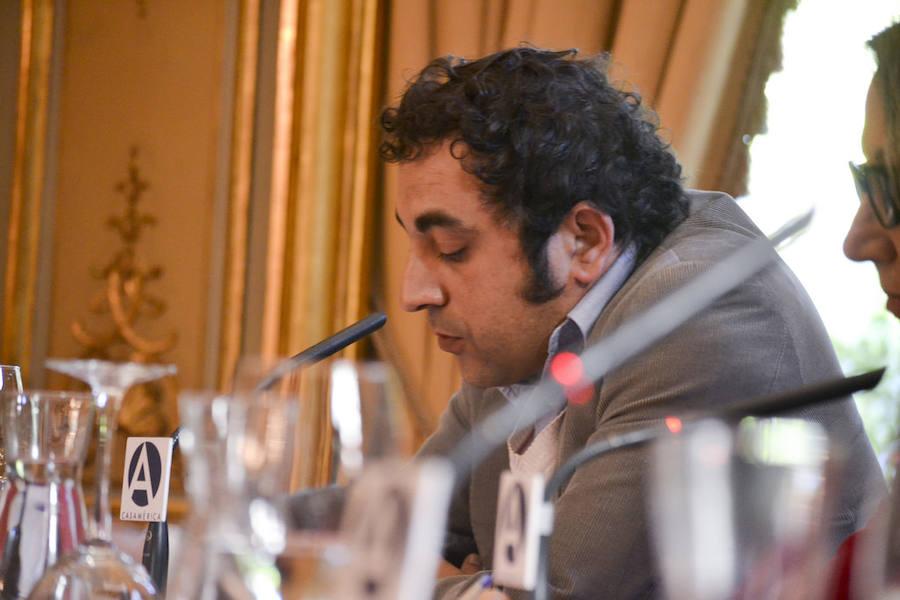 El madrileño Luis Luna, este viernes en 'Poesía a Orillas del Órbigo' en Veguellina