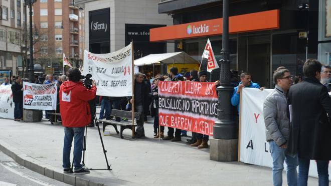 La alcaldesa de Ponferrada confirma que el acuerdo con FCC para desconvocar la huelga de basuras de abril 'queda sin efecto'