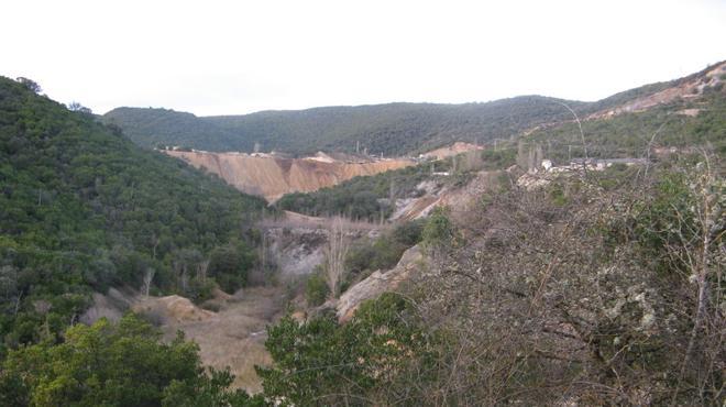 Ecologistas denuncia las presiones del alcalde de Sobrado para la reapetura de una mina de plomo