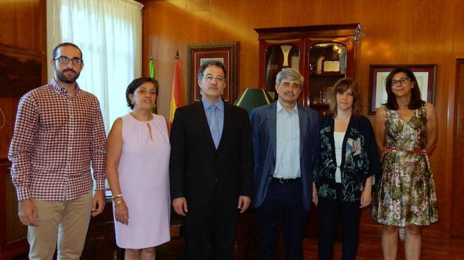 Un acuerdo entre la ULE y el Ayuntamiento de Astorga impulsan nuevos proyectos educativos y culturales