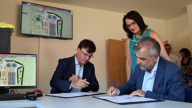 El Ministerio de Agricultura, Alimentación y Medio Ambiente entrega al Ayuntamiento de la Bañeza la obra de ampliación de la estación depuradora
