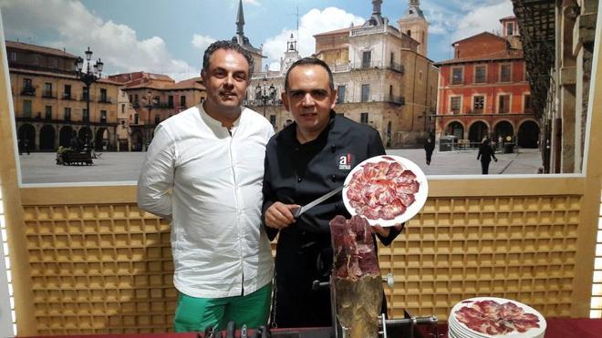La Academia Leonesa de Gastronomía, anuncia la Feria del Tomate de Mansilla