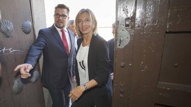 Alicia García afirma que informarán en las Cortes del caso de salmonella en León en cuanto tengan los datos