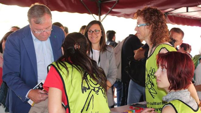 Las asociaciones de jóvenes muestran su trabajo y fomentan el asociacionismo en Expojoven