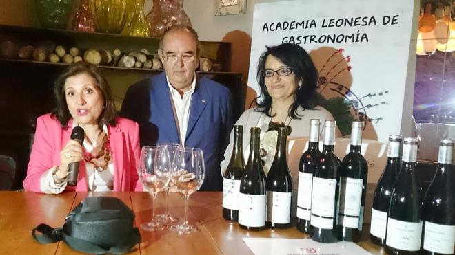 La fiesta de la Academia Leonesa de Gastronomía exalta a la morcilla de León