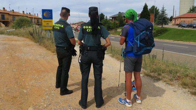La Guardia Civil rescata a un peregrino extraviado mientras realizaba el 'Camino de la Montaña'