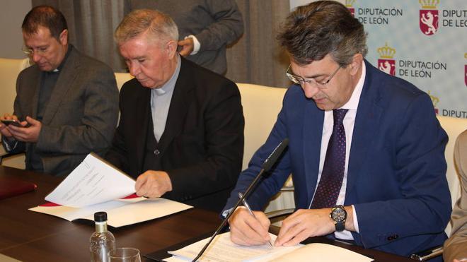 La Diputación de León y la Diócesis de Astorga firman dos convenios para la conservación del patrimonio de la provincia