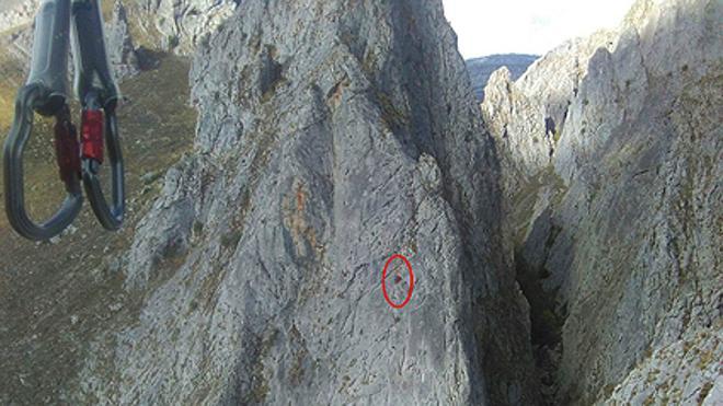 Protección Civil socorre a un escalador herido en el pico Pincuejo, en Caldas de Luna