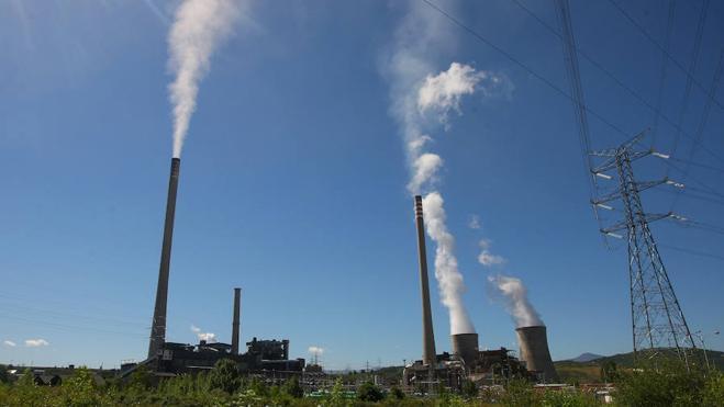 Fomento autoriza la instalación de sistemas de reducción de las emisiones en Compostilla