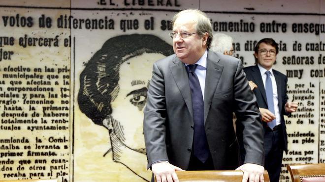 Herrera cree que ha llegado el momento de ir «cediendo posiciones de responsabilidad» en el PP