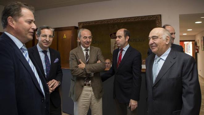 Las Cámaras de Comercio de Asturias y León alzan una única voz por la Variante y el Musel