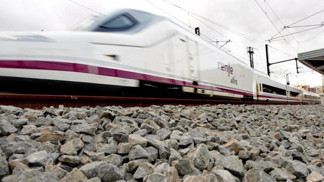 El 'supertren' de Renfe permitirá cubrir el tramo Madrid-León en 21 minutos menos que el Alvia