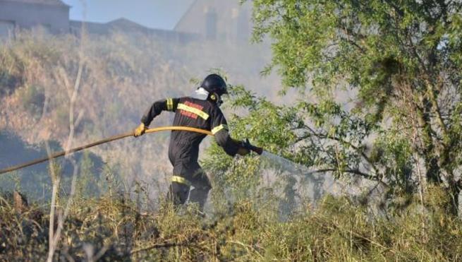Ponferrada solicitará a Diputación un aumento de la plantilla de bomberos para la puesta en marcha del parque comarcal