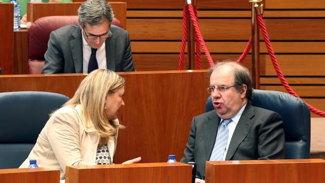 Del Olmo anuncia una «prórroga blanda» de los presupuestos de la Comunidad de 2016