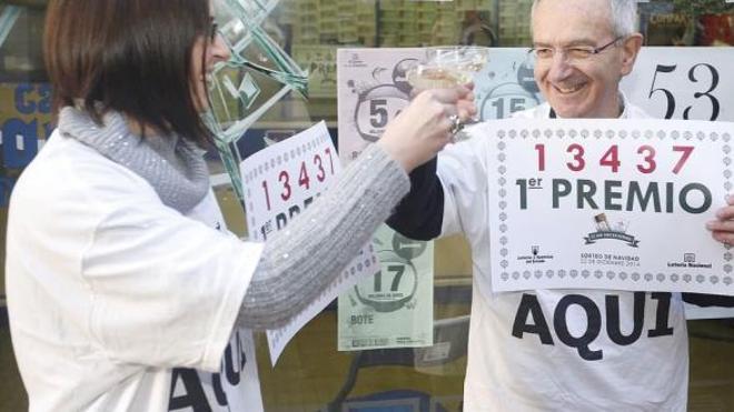 Los leoneses gastan 35,8 euros más que la media nacional para el sorteo de 'El Gordo'