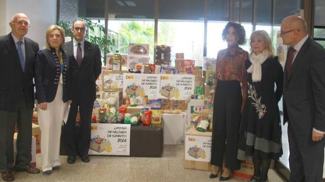 La Delegación del Gobierno entrega a Banco de Alimentos, Cruz Roja y otras ONG´s las 5,1 toneladas de alimentos donados por empleados públicos de Castilla y León