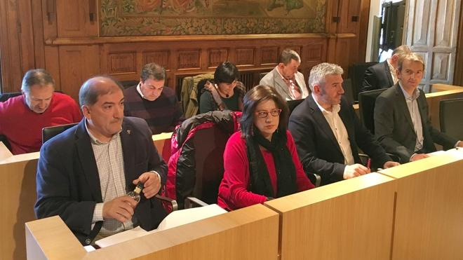 El PSOE exige en la Diputación la recuperación de los fondos Miner impagados para la restauración de carreteras provinciales