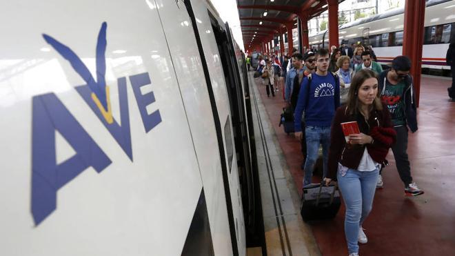 Renfe ofrece 33.000 plazas para el trayecto León-Madrid con descuentos de hasta el 70%