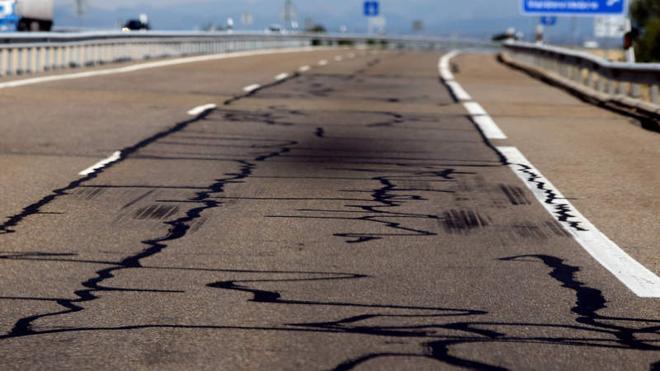 Ciudadanos del Reino de León denuncia el «horroroso» estado del asfaltado de la autovía entre Benavente y León